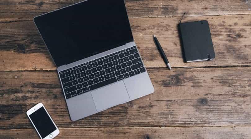 MacBookは小さいけどハイスペック