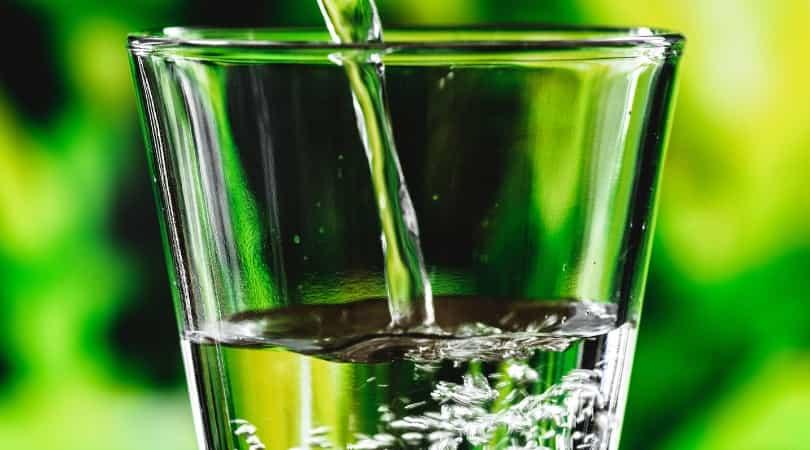 1回に飲む量はコップ1杯(200mℓ程度)