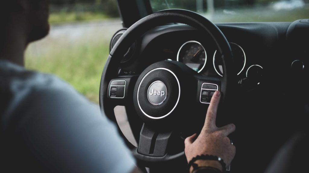 車運転中のハンズフリー通話