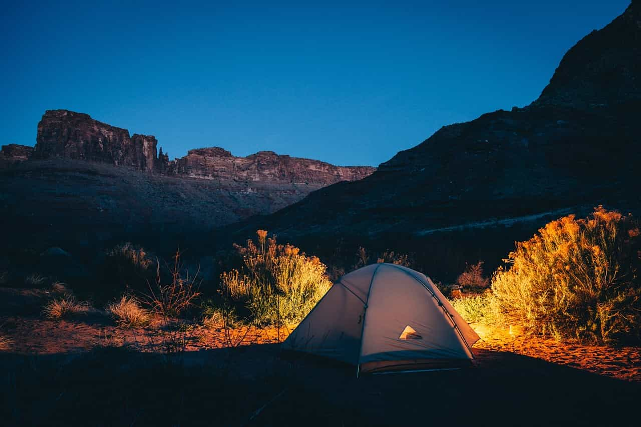 アウトドア・キャンプ用品の高価買取サイトをご紹介!どんなアウトドア用品も宅配買取で楽々査定!